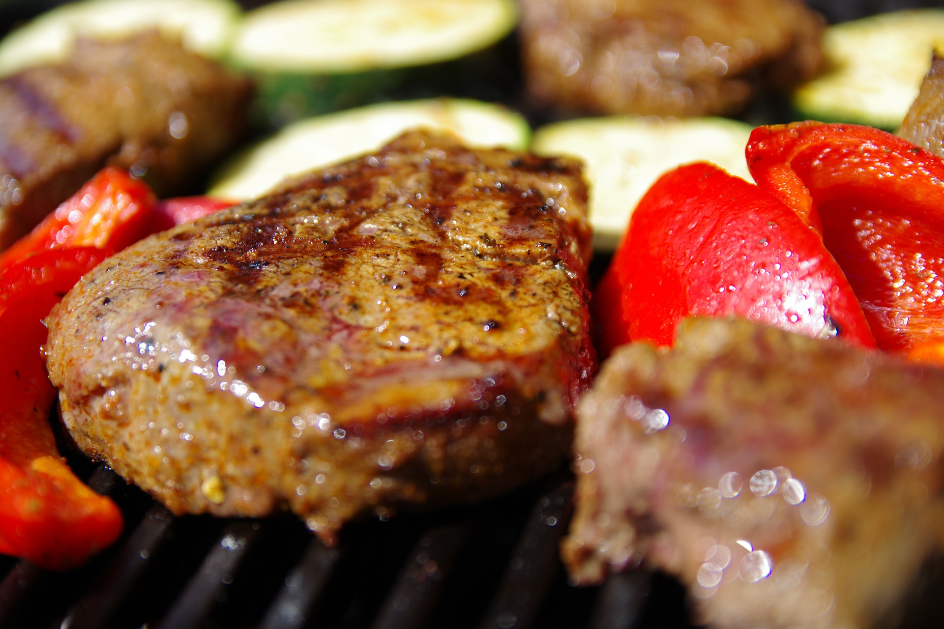 Grilling with Smokin Coals